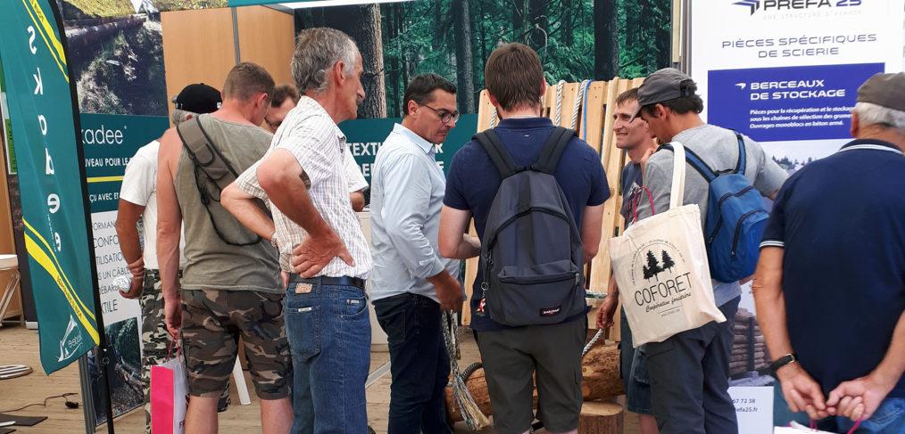 Débardeurs forestiers sur le stand Skadee à Euroforest