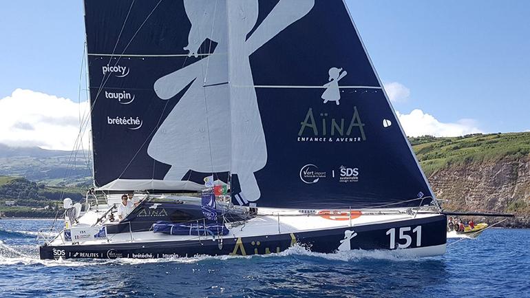 Aina Enfance & Avenir, bateau vainqueur de la seconde étape de la course Les-Sables-Horta