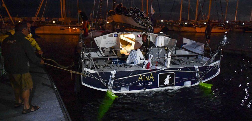 Aymeric Chappellier, skipper d'Aïna, arrivé à Horta, étape de la régate Les Sables - Horta